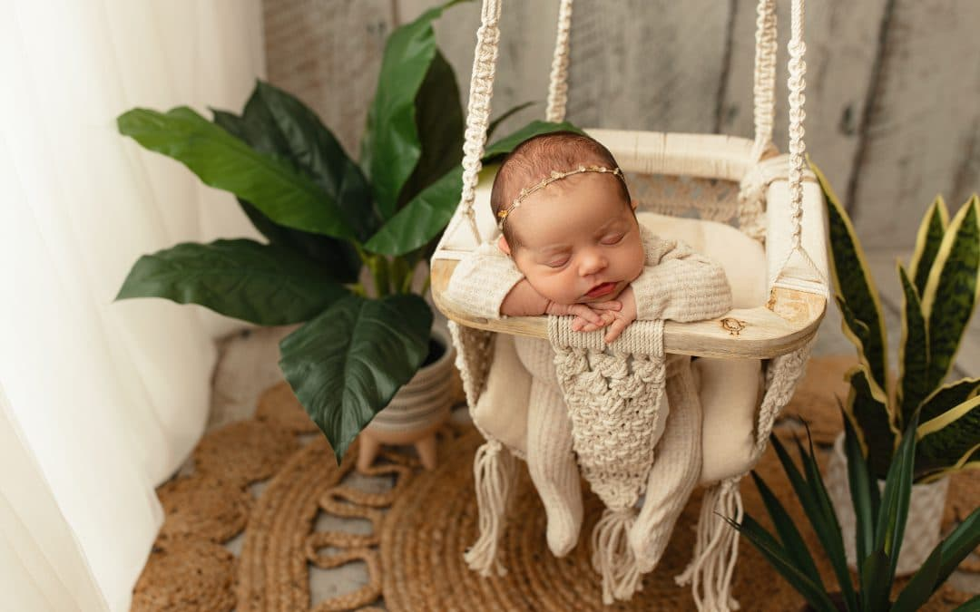 Feature Friday :  Megan Al-Hassani – Family and Newborn Photographer