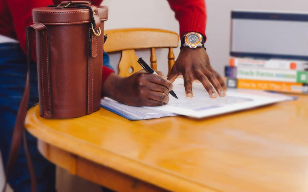 How long should a photography contract last?